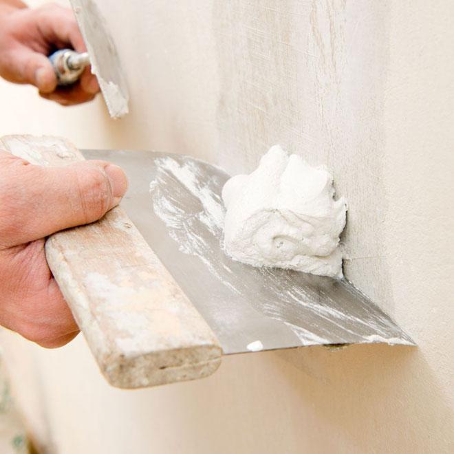 Materiale-folosite-la-finisarea-peretilor-interiori-cu-tencuiala